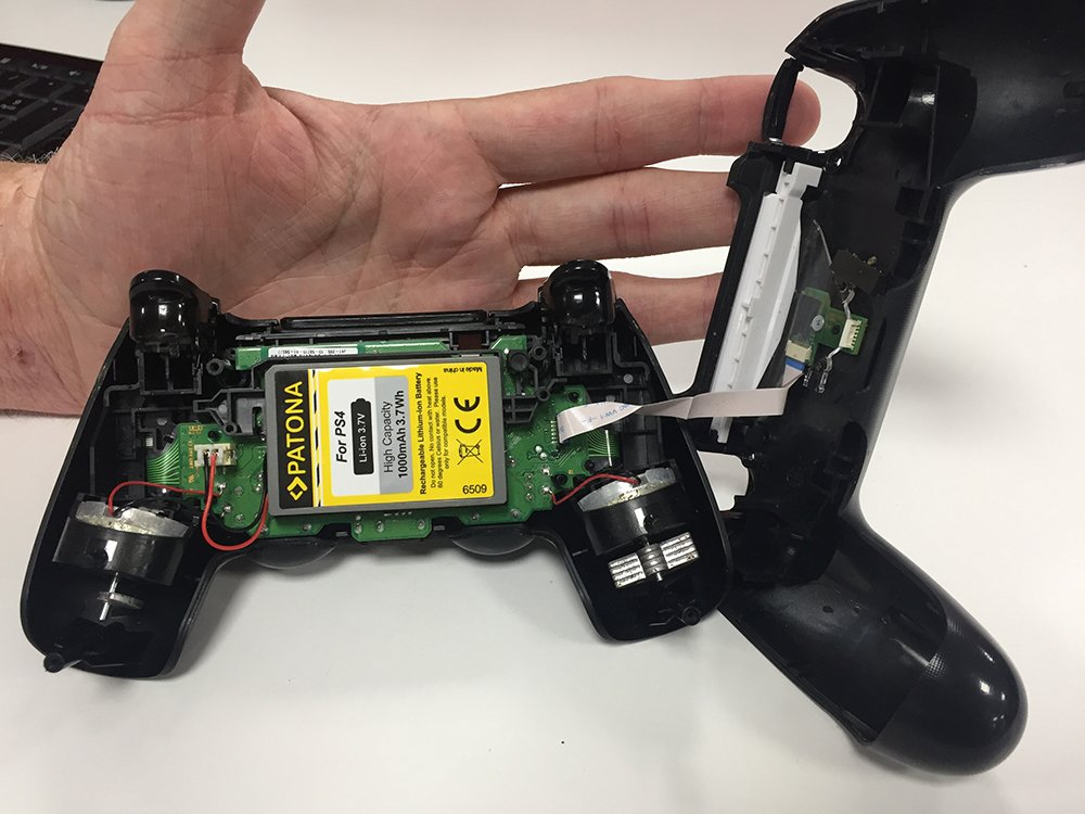 How to replace a PS4 controller battery